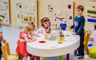3 pomysły na edukacyjne zabawy z małymi dziećmi