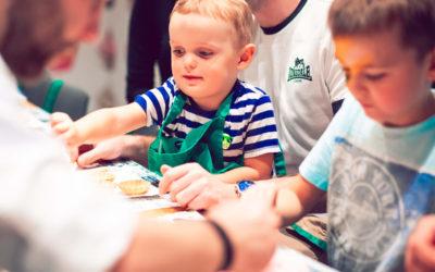 Interakcje między dziećmi w Sali zabaw